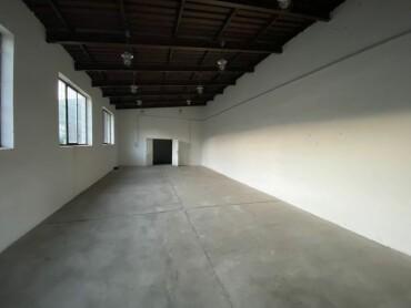 Extra veľká garáž na prenájom v Martine