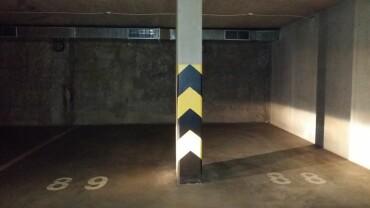 Parkovacie miesto Universo, Bratislava