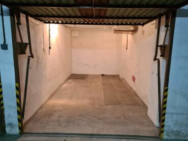 Predám garáž v Petržalke