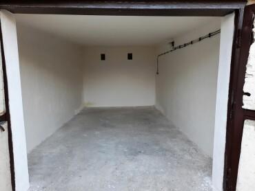 Prenajmem garáž na Čiernych Hájov v Považskej Bystrici
